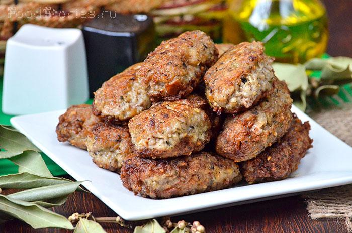 Мясо с черносливом и сыром в духовке рецепты с фото